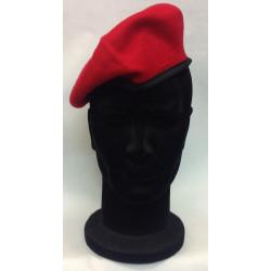 basco spagnolo rosso carabinieri